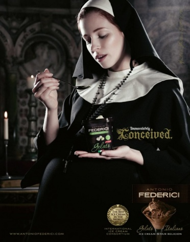 Самые скандальные рекламные кампании, оскорбление верующих, беременная монашка